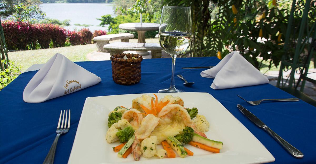 El Lago Restaurant Orosi Ca